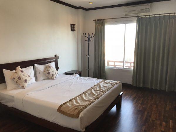 【ビエンチャン】1000バーツ以下でバスタブ&朝食付きホテル「Keomixay Hotel」