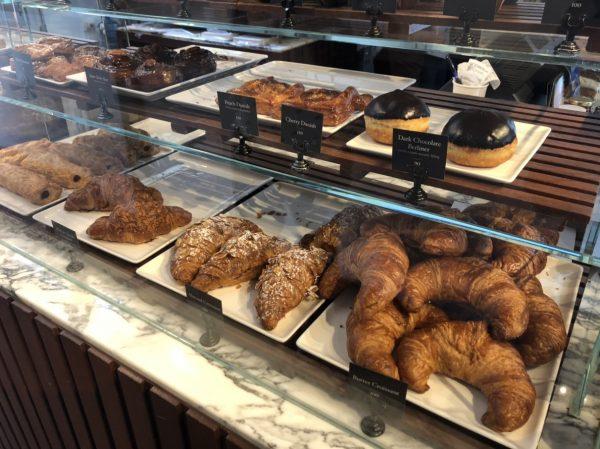バンコクで絶賛される美味しいパン屋!【Holey Artisan Bakery】がおすすめ!